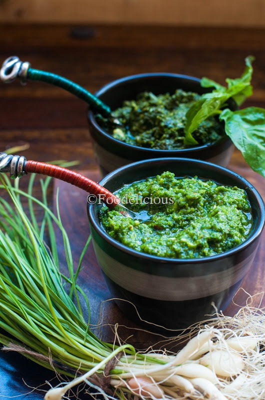 Three Recipes- Arugula/Roquette leaf Pesto Two Ways; Bruschetta With Arugula Pesto, Product Review- Maharaja Whiteline Flora Mixer Grinder