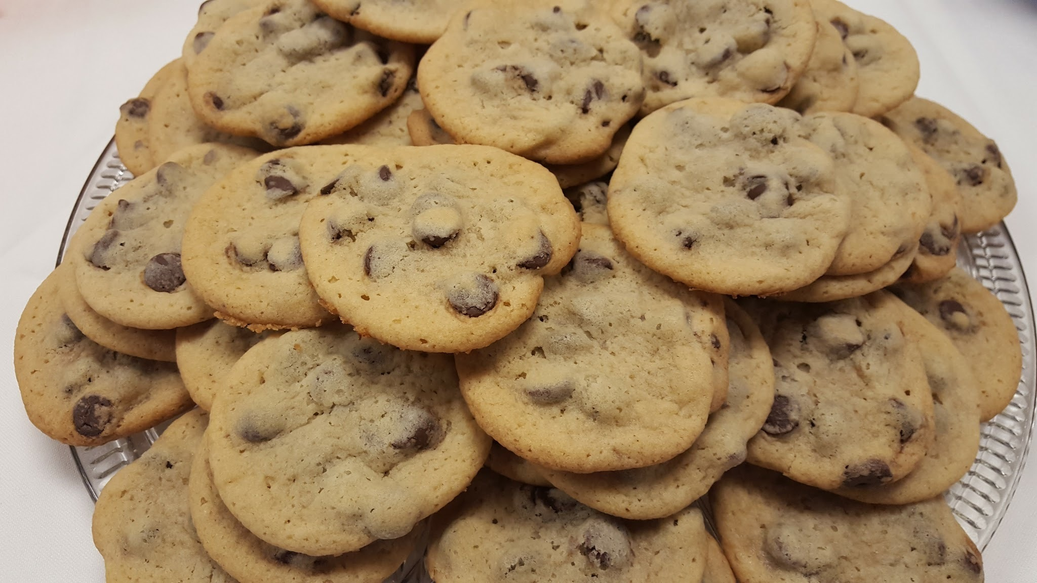 SOFT & CHEWY COOKIES CHOCOLATE CHIP COOKIES
