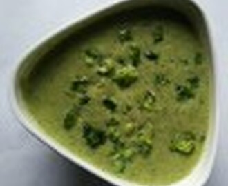 Cream of Broccoli Soup-Simple Broccoli Soup