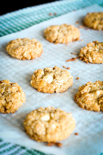 Lest We Forget: White Chocolate Anzac Biscuits