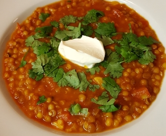 Mausteinen linssikeitto – spicy lentil soup