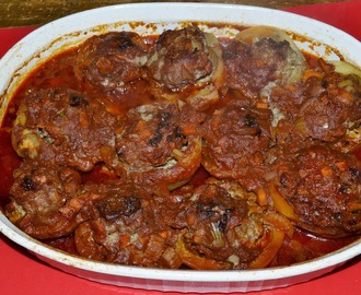 Mafrum : meat stuffed vegetables cooked in a spicy tomato sauce