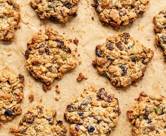 Oat and Tahini Breakfast Cookies