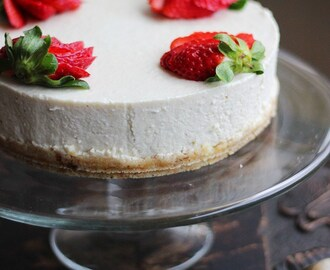 Raw, Vegan Lemon 'Cheesecake'