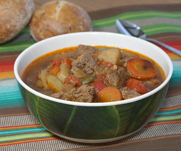 Hungarian Goulash {Slow Cooker} #SundaySupper