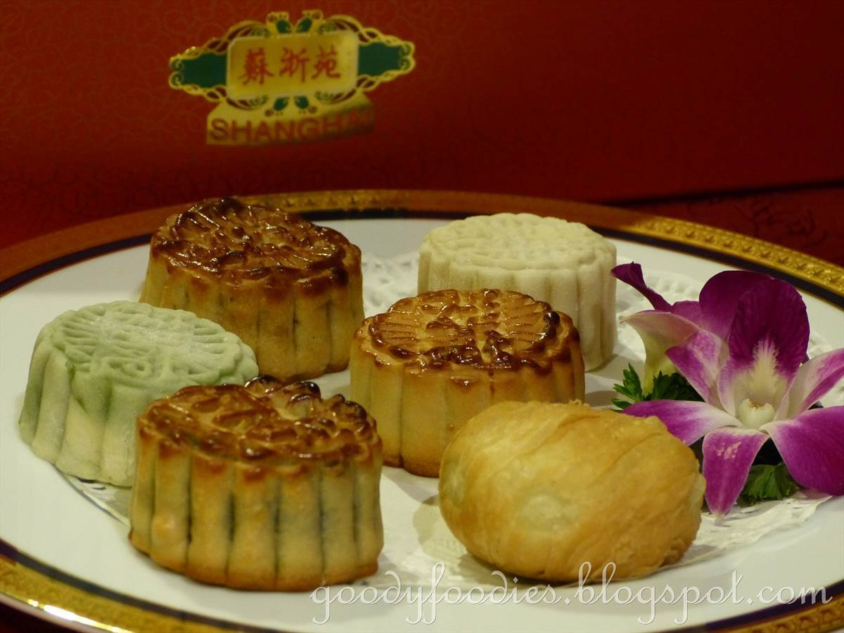 2013 Mooncakes @ Shanghai, JW Marriott KL &  Li Yen, The Ritz-Carlton KL