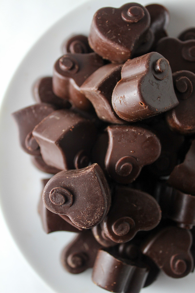 Homemade Dark Chocolate + Five Reasons to Eat More Chocolate