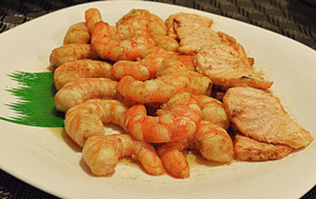 PAN FRIED SHRIMPS & SALMON DUSTED with SPICES-HERBS SEASONING