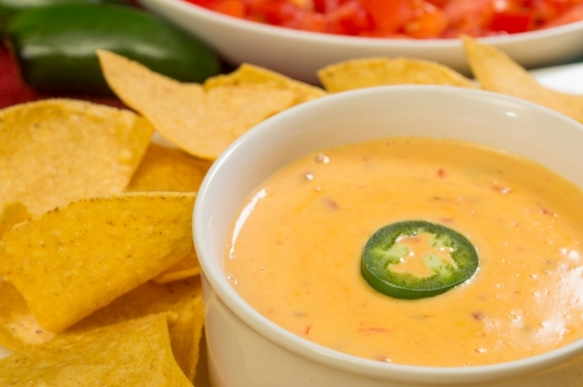 Easy Appetizers: Spicy Queso Fundido Recipe