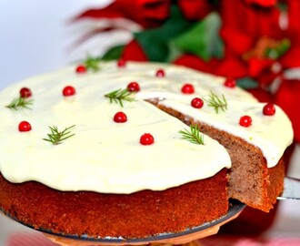 Mjuk pepparkaka med lingon & creamcheese frosting