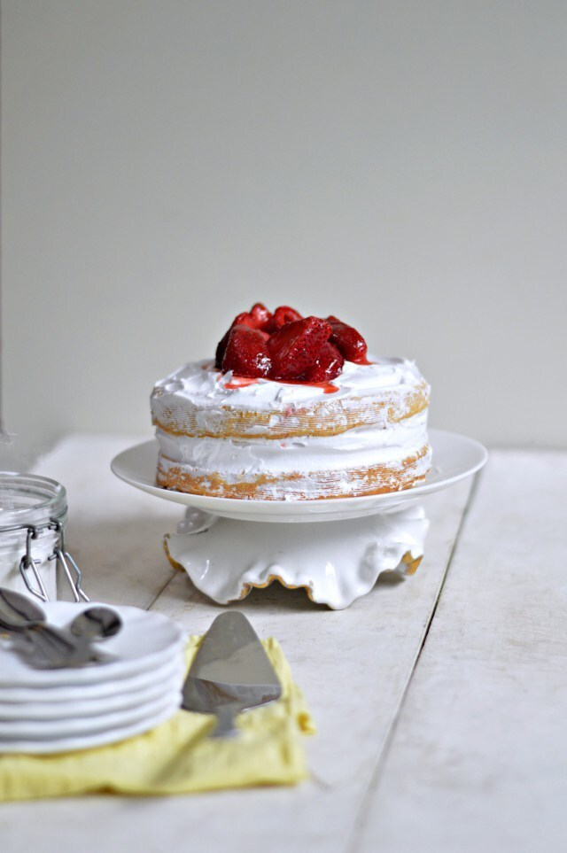 Eggless Strawberry and Cream Naked cake