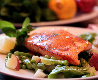 Salmon with Peas, Potatoes and Mint