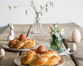 #Omasklassiker: süße Osternestchen // Braided Easter egg bread