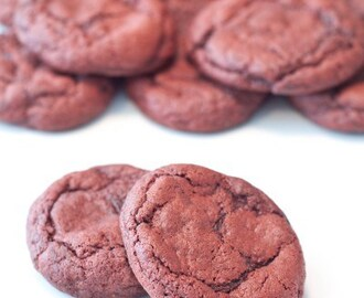 Super Easy Red Velvet Cookies