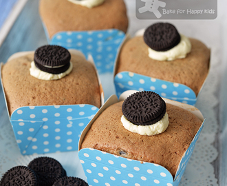 Cookies and Cream Oreo Chiffon Cupcakes - So Light and Yummy!