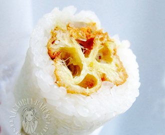 traditional breakfast ~ glutinous rice roll ~ yum!! 传统早餐~粢饭团~好次!