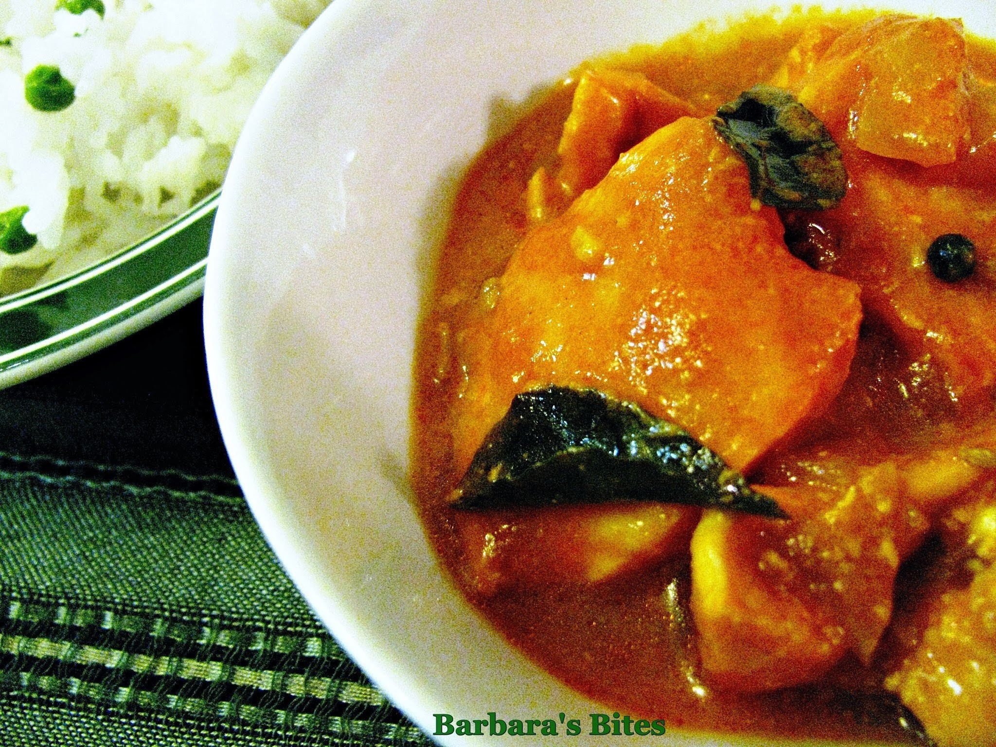 Salmon Curry in Spicy Tomato Sauce