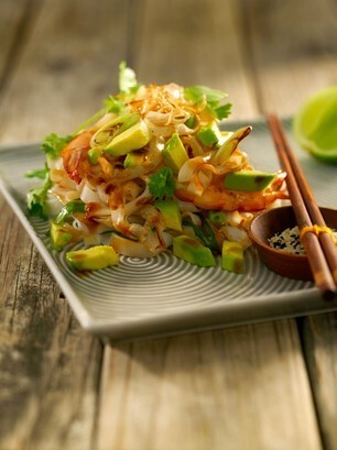 Asian Noodles with Ginger, Garlic and Avocado
