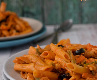 Creamy Cheesy Chicken Penne Pasta With Veggies