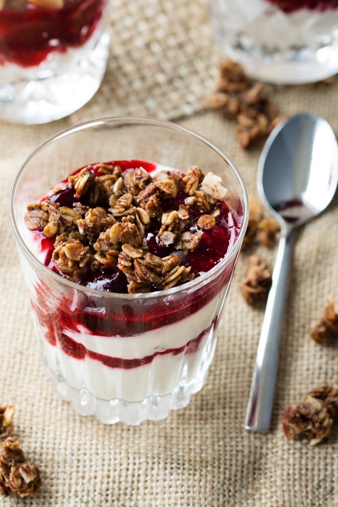 New Year's Breakfast – Champagne Yogurt Parfait (GF)