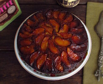 Caramelized apple cake | Food From Portugal