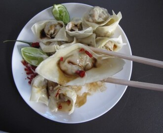 Steamed Pork and crab wontons with fresh lime and chilli