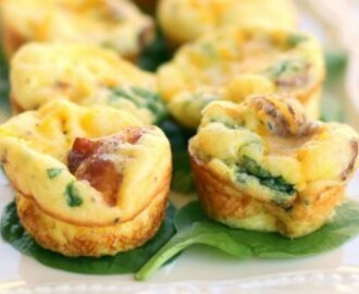 Baby Egg and Bacon Frittatas with Gouda Cheese