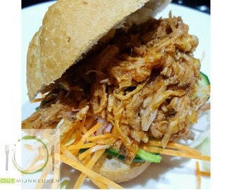 Uit de slow cooker: pulled pork in barbecue/mango saus