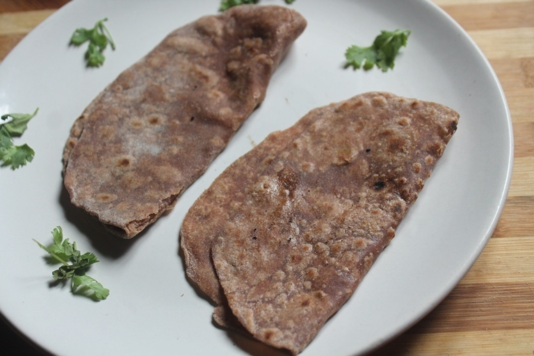 Ragi Roti Recipe - Healthy Finger Millet Chapati Recipe