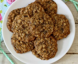 Healthy Peanut Butter Maple Oatmeal Cookies