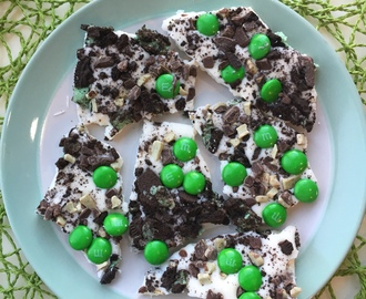 St Patrick's Day White Chocolate Mint Bark