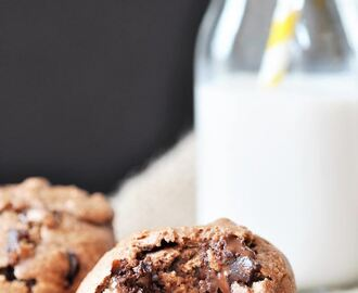 Chunky Monkey Chocolate Banana Muffins (Vegan)