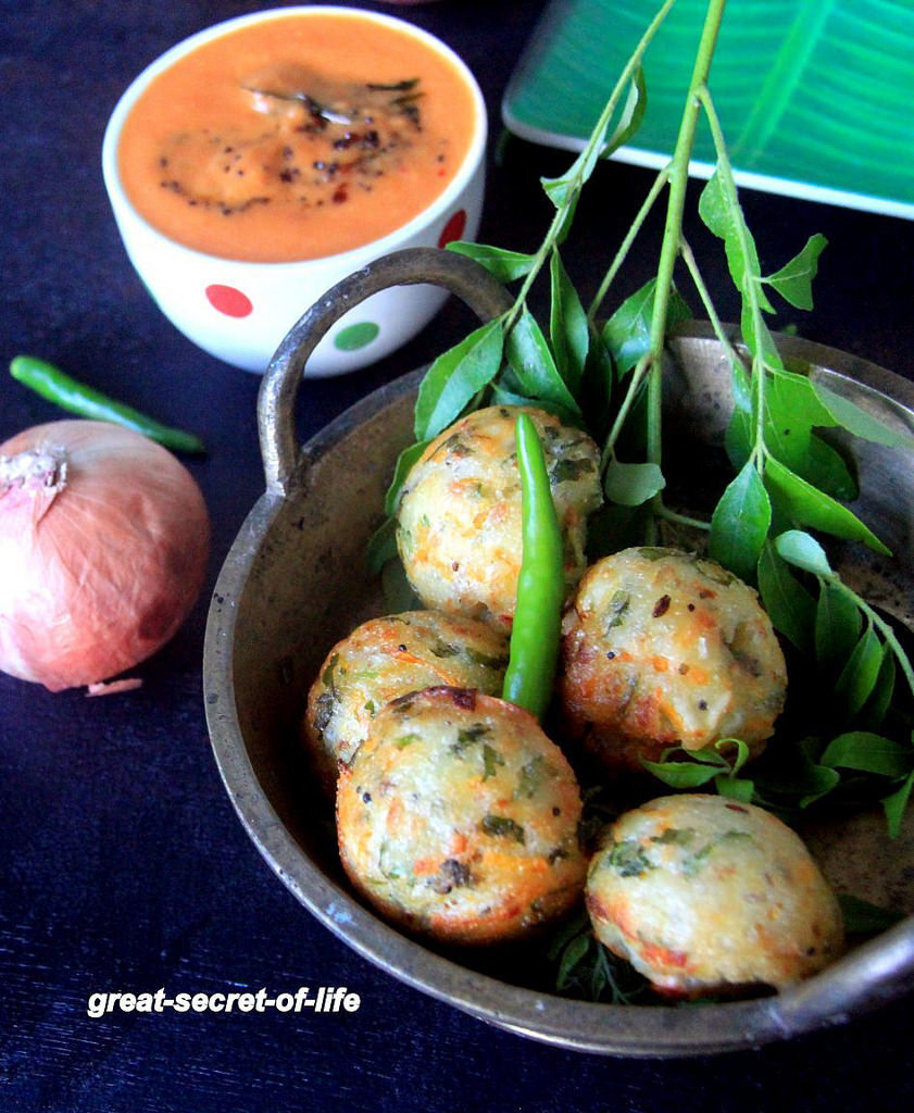 Rava Kara Kuzhi Paniyaram Recipe - Masala Rava Paniyaram - Sooji Vegetable Appe - Easy Snacks Recipes