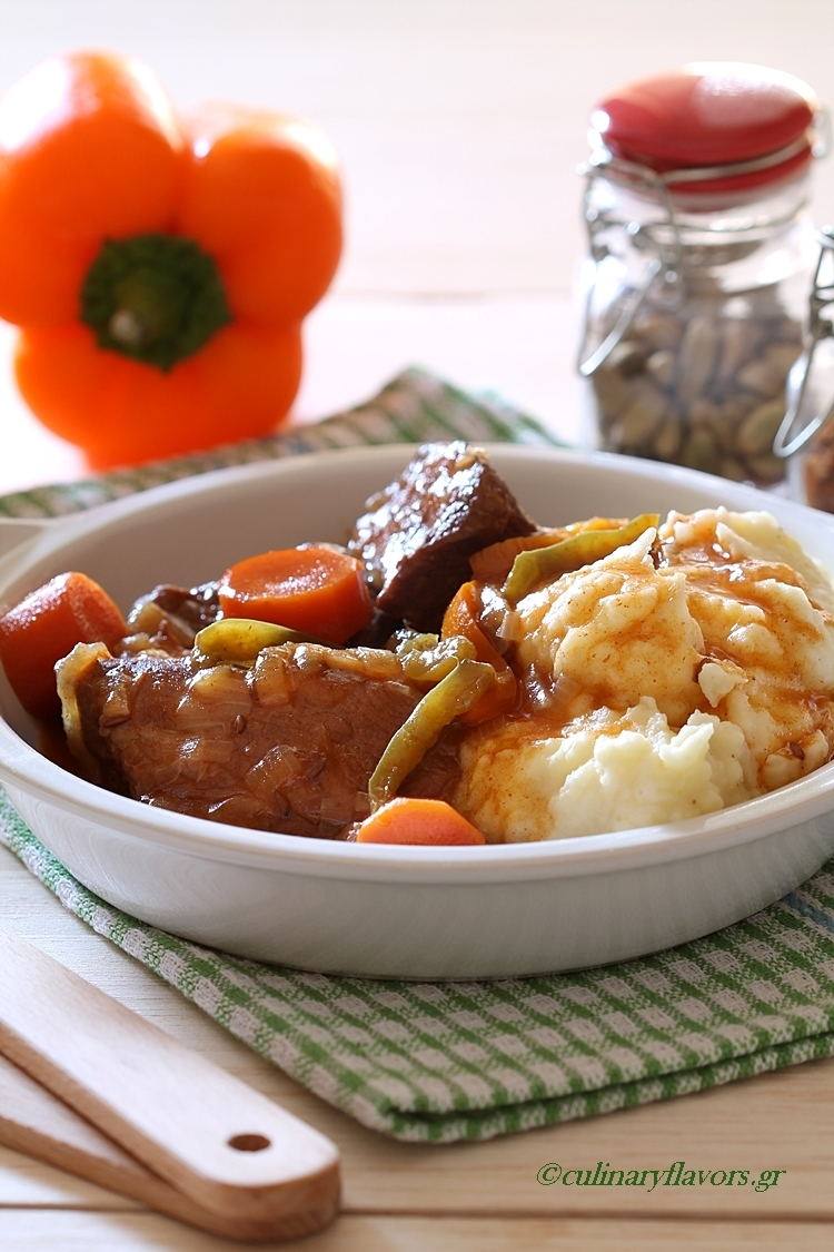 Goulash Style Beef with Mashed Potatoes