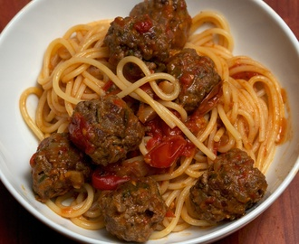 Spiced Meatballs in Tomato Sauce