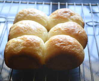 How To Make Pav Buns Without Oven – Pressure Cooker Baking