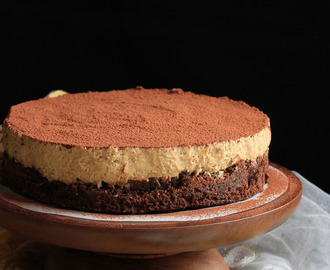 Flourless Chocolate Cake with Coffee Mousse