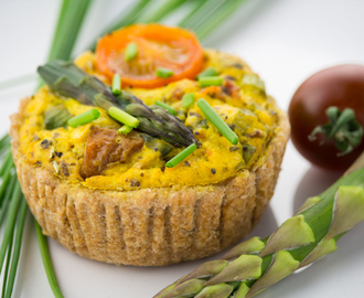 Vegan Quiche with Asparagus und Tomatoes