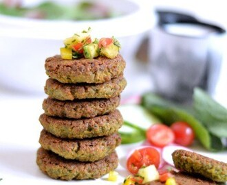 Baked falafel with pineapple salsa and yogurt dip
