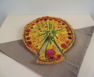 Green bean and tomato quiche