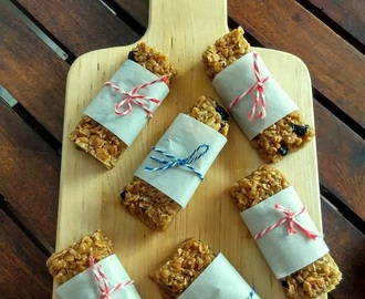 Oats and Nuts Granola Bar