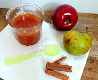 Confiture pommes - poires - cannelle (Apple, pear and cinnamon jam)