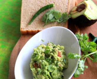 Guacamole Recipe - Avocado Dip Recipe - Avocado Recipes - Spread recipes