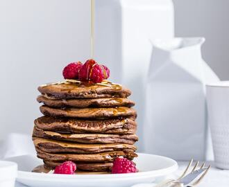 Healthy Eggless Chocolate Pancakes