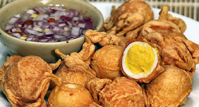 Tokneneng – Battered Hard-boiled Eggs