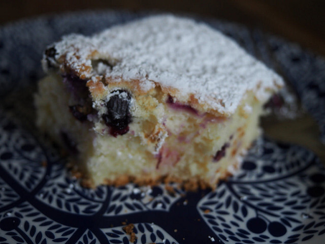 lemon + blueberry cake (gluten free)