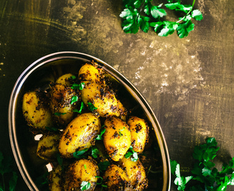 Achari Aloo Recipe | Indian Roast Potatoes with Pickling Spices