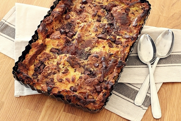 Jamie Oliver's Bonkers Bread & Butter Panettone Pudding Tarte