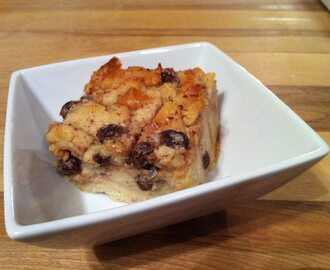 Old-Fashioned Bread Pudding with Raisins