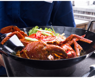 Enjoying the Weekend with Scrumptious Giant Crab at Dapur Seafood